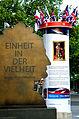2014-06-02 Hannover - Very Britsh, Säule 10, Leibniz Denkmal, Georgstraße, Georgsplatz , (03).JPG