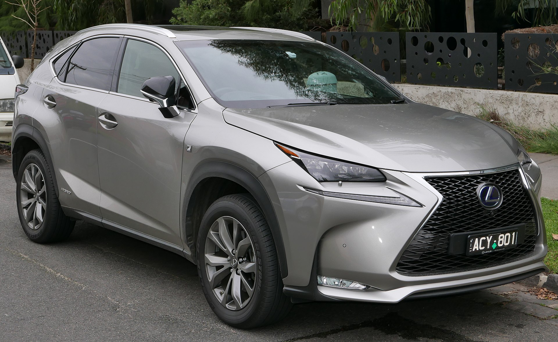 lexus nx wikipedia. Black Bedroom Furniture Sets. Home Design Ideas