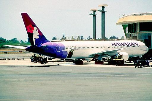 373ag - Hawaiian Airlines Boeing 767-3CBER, N590HA@HNL,30.08.2005 - Flickr - Aero Icarus