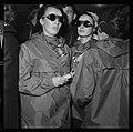 "5.7.65. Les ""recluses"" des grottes de Lacave (Lot) sortent (1965) - 53Fi5115.jpg"