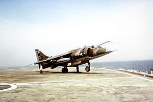 Hawker Siddeley Harrier - Image: AV 8C VMA 513 takes off from LPD in 1982
