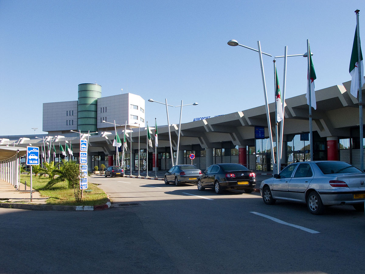Aéroport d alger houari boumédiène u wikipédia