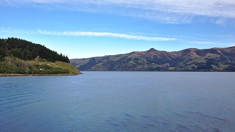 File:Akaroa - panoramio.jpg