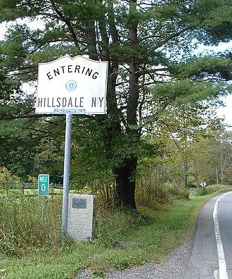Hillsdale (town), New York - Route 71 enters Hillsdale from Alford, Massachusetts.  Note the Knox Trail marker at the foot of the town line sign.