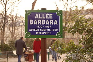 Square des Batignolles - Pathway named for the singer-songwriter, Barbara