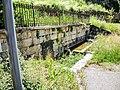Ancienne fontaine-lavoir, rue du moulin.jpg