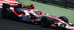Super Aguri F1 - Anthony Davidson driving for Super Aguri at the 2007 Brazilian Grand Prix, the last race of the season. The sponsor was changed from SS United to Fourleaf due to sponsor's nonpayment.