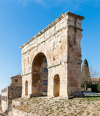 Medinaceli - Ancient Roman gate.