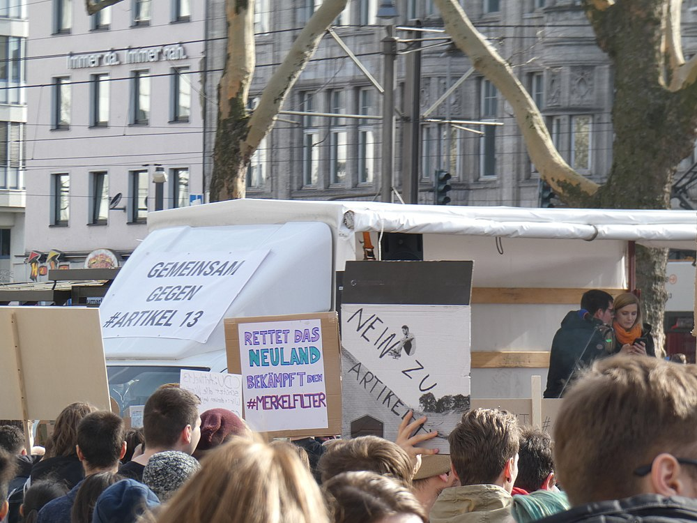 Artikel 13 Demonstration Köln 2019-02-23 045.jpg