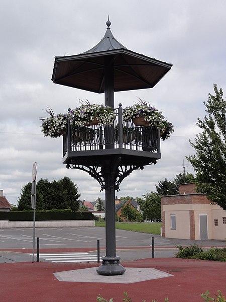 Assevent (Nord, Fr) kiosque à musique, type kiosque à danse