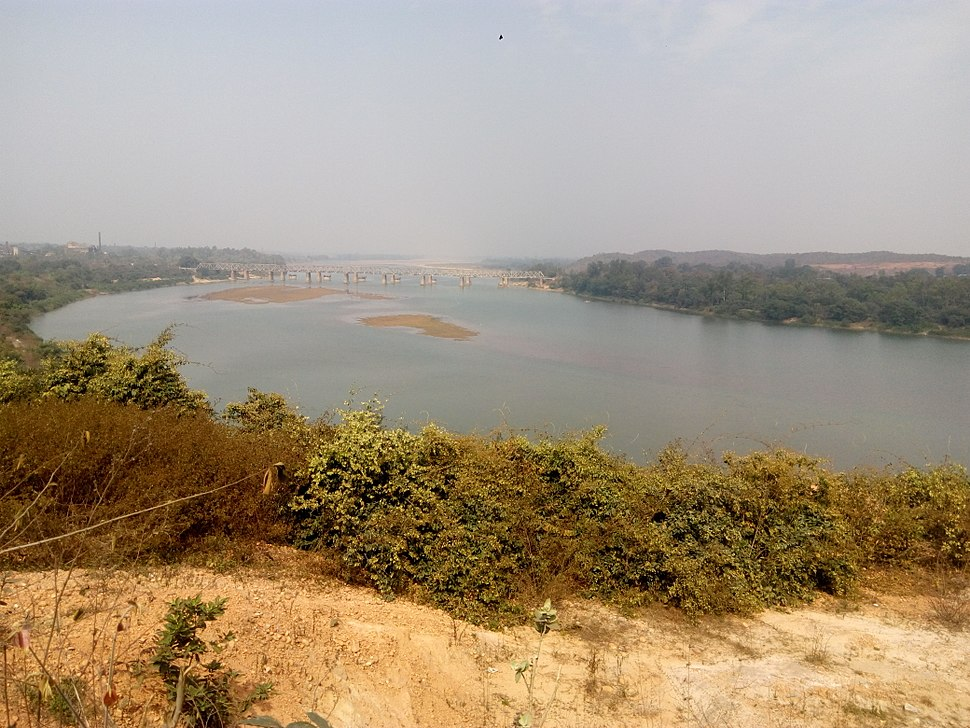 Autumn view of IB river