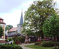 Bülstringen Kirche mit Pfarrhaus.jpg