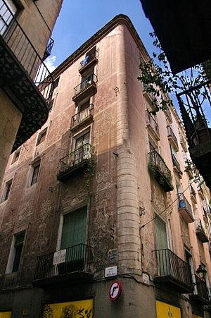 Casa al carrer Banys Nous