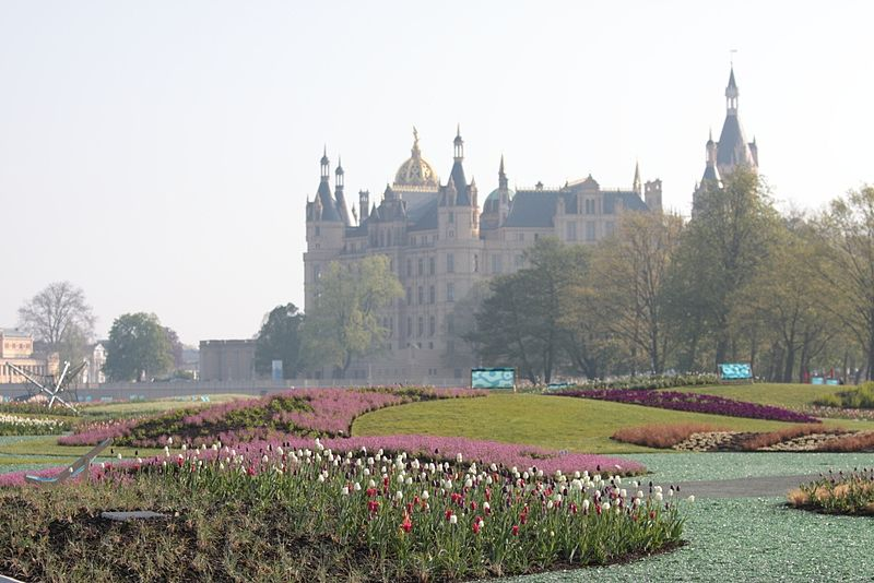 File:BUGA 2009 Schwerin (3475892712).jpg