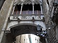 Balcon,en barcelona,barrio gotico - panoramio.jpg