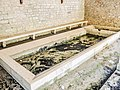 Bassins de la fontaine-lavoir du Fresnay.jpg