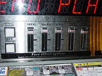 Beatmania IIDX - Effector controls