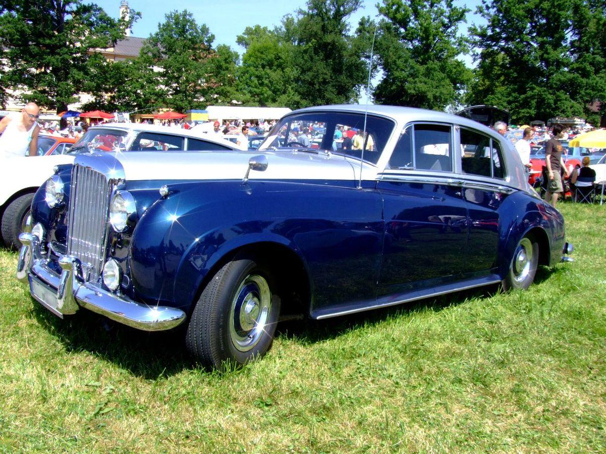 Bentley S2 Continental 1961 1.JPG