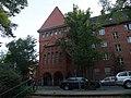 Berlin Weißensee Pistoriusstraße 127 and 128 Wohnhaus and Pumpwerk and Bibliothek 001.jpg