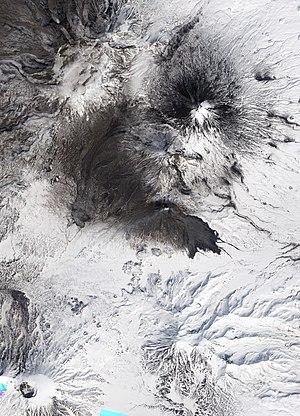 Bezymianny - Image: Bezymianny Volcano Natural Color