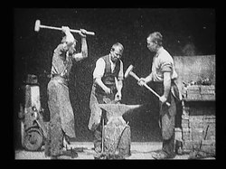 Archivo:Blacksmith Scene.ogv