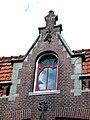 Blekerssingel 15 & 16 in Gouda (5) Geveltop in Jugendstil.jpg