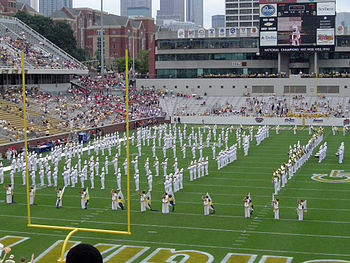 Description de l'image Bobby Dodd Stadium interior.jpg.