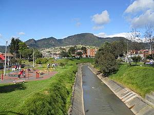 Fucha River - Image: Bogotá, río Fucha hacia la kr 12