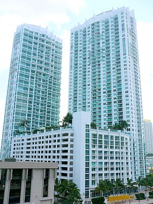 Brickell on the River - Both towers in 2008