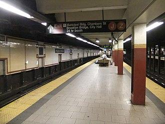 Brooklyn Bridge–City Hall/Chambers Street (New York City Subway) - Uptown island platform
