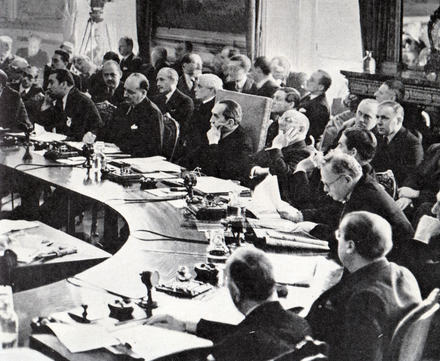 Bruce chairing the League of Nations Council in 1936. Joachim von Ribbentrop is addressing the council. Bruce presiding over the League of Nations Council.png