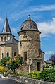 Building near the town hall in Valzergues 02.jpg