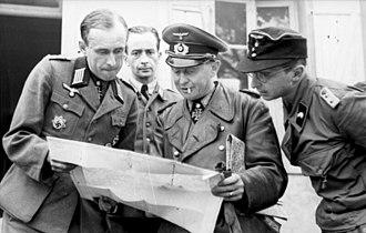 Walter Krüger (Wehrmacht general) - Krüger (center) in June 1944