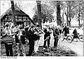 Bundesarchiv Bild 183-1989-0507-013, Mirow, Konzert vor dem Wahllokal.jpg