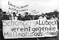 Bundesarchiv Bild 183-1990-0127-003, Blockade der Mülldeponie Schönberg.jpg