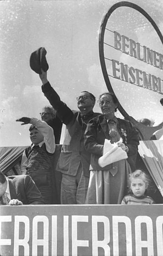 Bertolt Brecht - Brecht and Weigel on the roof of the Berliner Ensemble during the International Workers' Day demonstrations in 1954