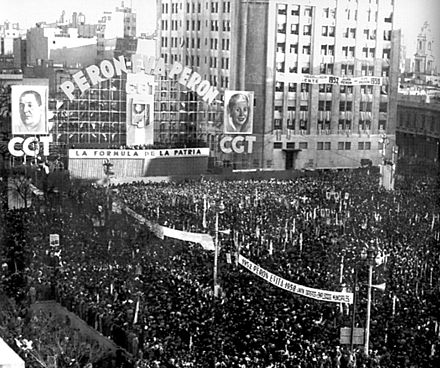 A crowd of an estimated two million gathers in 1951 to show support for the Juan Peron-Eva Peron ticket. Cabildo Abierto del Partido Peronista - 1951.jpg