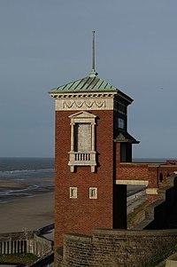 Cabin Lift, Blackpool.jpg