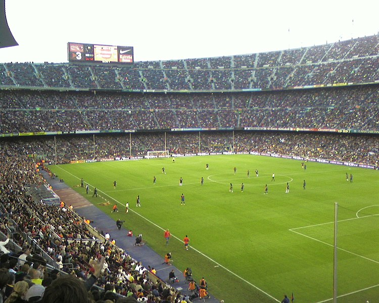Барселона - FC Barcelona 750px-CampNouGrandstand