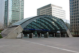 Jubilee Line Extension - Image: Canary wharf tube station 750px