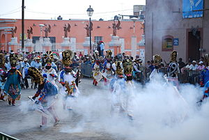 "Huejotzingo - Early parade of ""zapadores"" at the 2011 carnival"