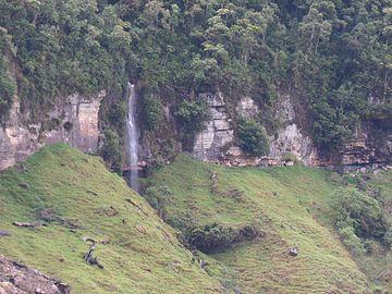 Cascada tama.jpg