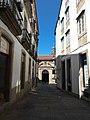 Casco histórico de Santiago de Compostela, callejón.jpg