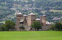Castello fenis.JPG