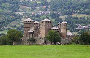 Risultati immagini per castello di fenis