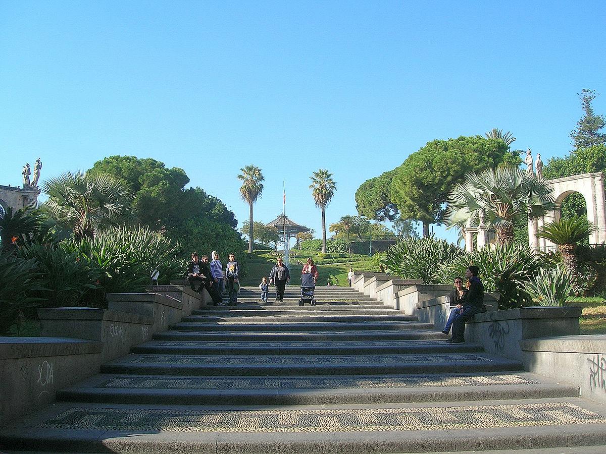 Giardino bellini wikipedia for Torrisi arredi giardino catania