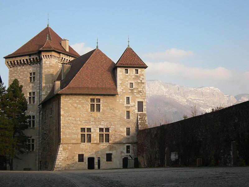File:Château d'Annecy.jpg