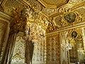 Château de Versailles - Chambre de la reine.jpg