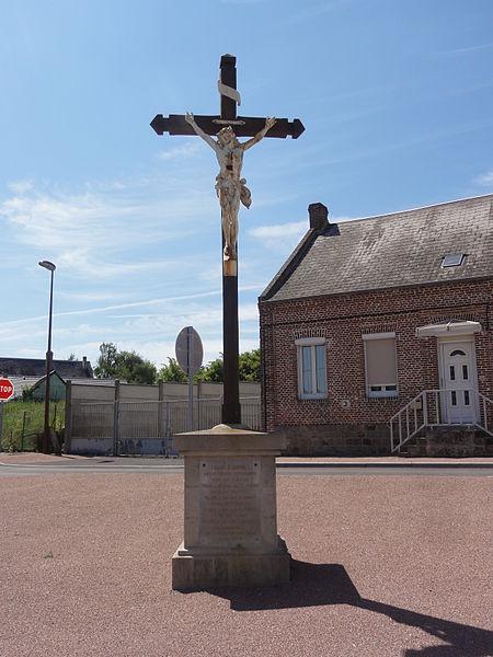 Châtillon-lès-Sons (Aisne) croix de chemin