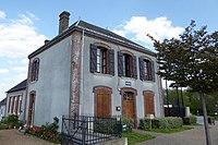 Champrond-en-Perchet mairie Eure-et-Loir France.jpg